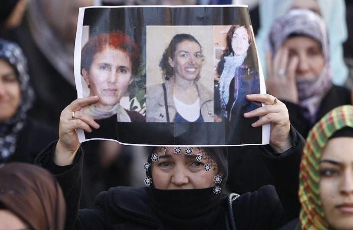 ASESINADAS EN PARÍS TRES MUJERES DEL PKK