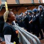Guerra policial y económica contra la comunidad negra