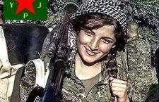 Guerrillera kurda de YPJ