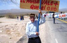 Argentina: Ríos de penas y cianuro