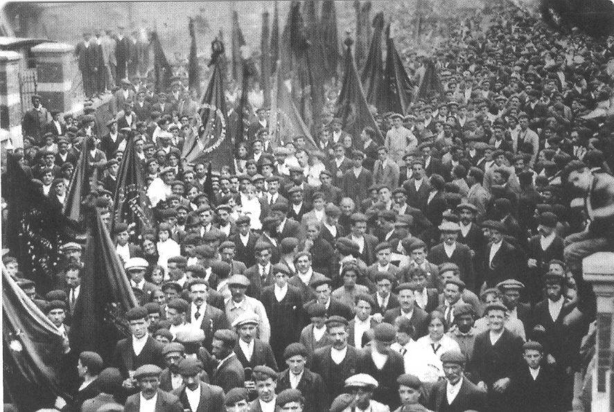 Manifestación del 1º de Mayo en Mieres