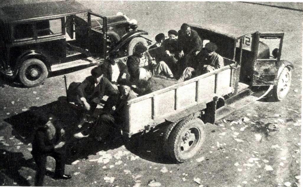 Revolucionarios en la línea del frente de Campomanes
