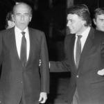 Foto tomada en enero 1989, apenas un mes antes de la masacre. Tal para cual, el genocida Carlos Andrés Pérez y su íntimo amigo, el (presunto) organizador de los escuadrones de la muerte españoles (GAL) Felipe González, también conocido como Mister X. Ambos eran dirigentes de la Internacional Socialista y ninguno pagó por sus crímenes.