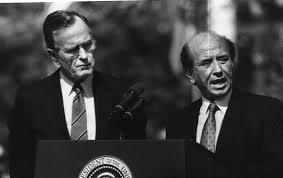 Aquí con otro gran amigo, George Bush (padre)