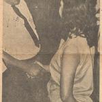 RAYMUNDO ROMERO ESTRECHA LA MANO DE DORIS TIJERINO. 1969