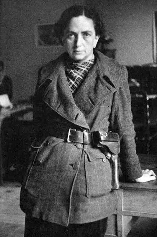 Mika Feldman Etchebehere, La Capitana, única mujer que dirigió una columna (la del POUM)