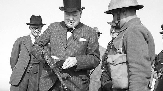 Los crímenes Winston Churchill 13
